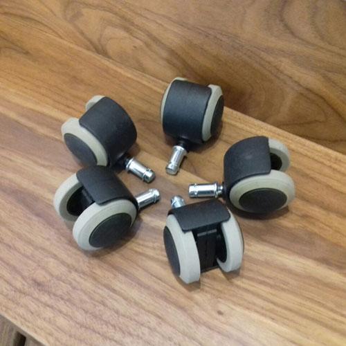 גלגלים לכסא משרדי