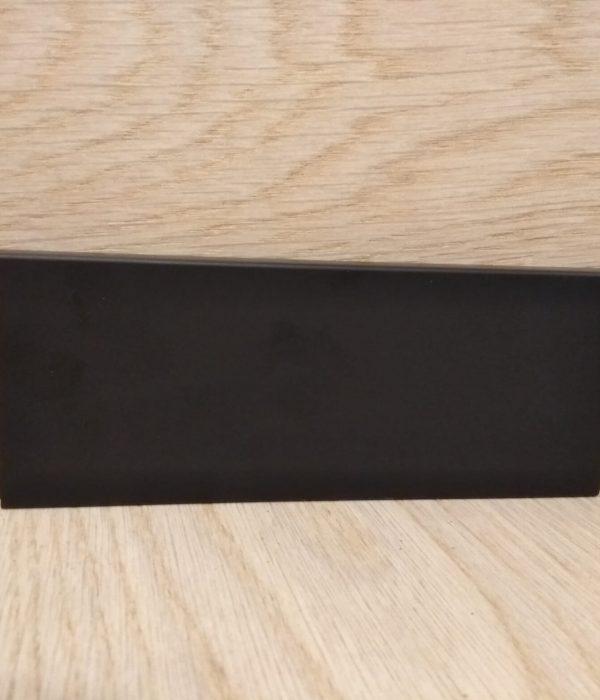 """פנל פולימרי לפרקט שחור מלבני גובה 6 ס""""מ"""
